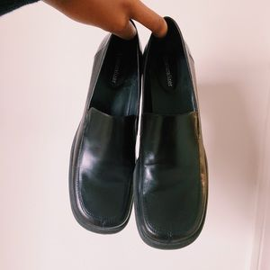 90's chunky school girl pumps/ chunky loafers